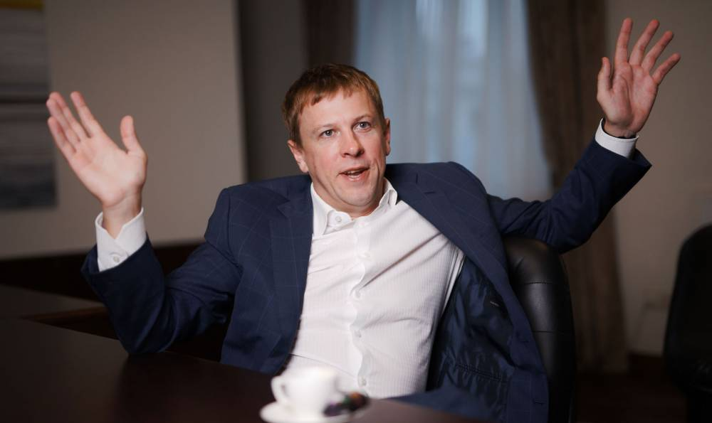 Экс-депутат Хомутынник потратил за границей 740 тысяч гривен