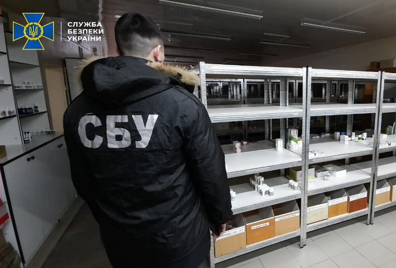 В Лубнах через сеть аптек продавали контрафактные лекарства