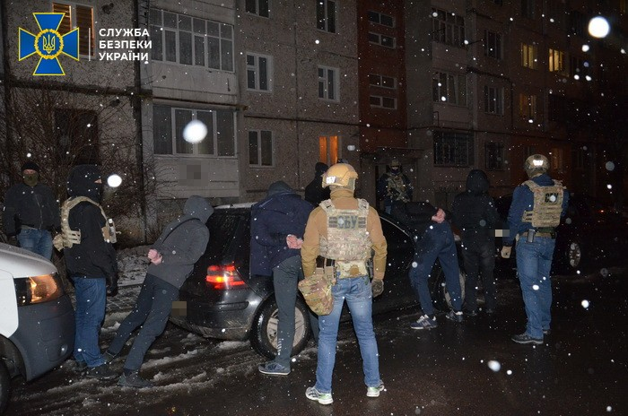 В Ивано-Франковской области задержали банду рэкетиров
