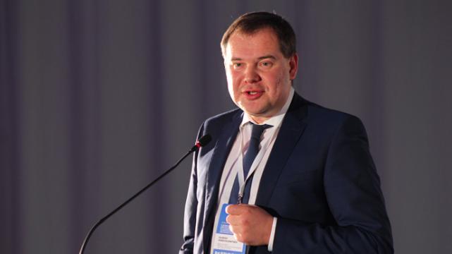 Дубинский связал два резонансных коррупционных ареста с представителем президента в Кабмине