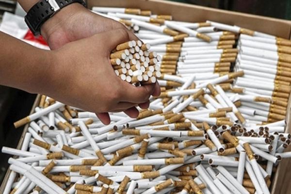 Полиция провела 90 обысков у производителей контрафактных сигарет