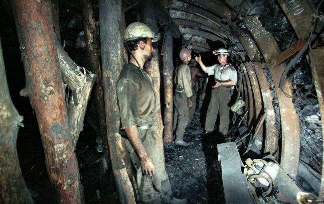 Коллектив шахты «Краснолиманская» просит Зеленского заплатить Кропачеву за уголь