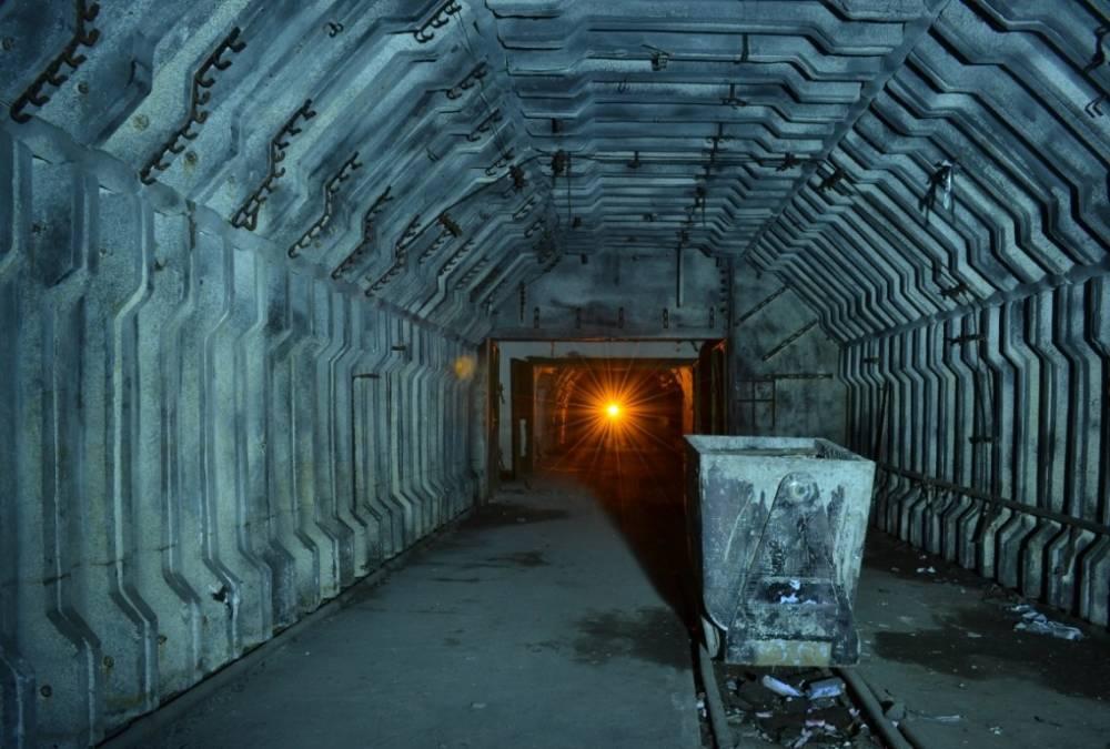 На Волыни горняки устроили протест из-за долгов на шахте