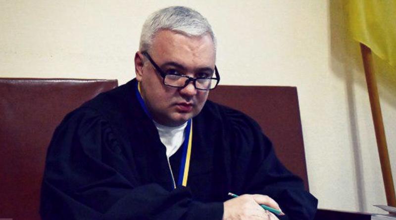 Судью уволили за согласование «прослушки» гражданской жены замглавы Администрации президента