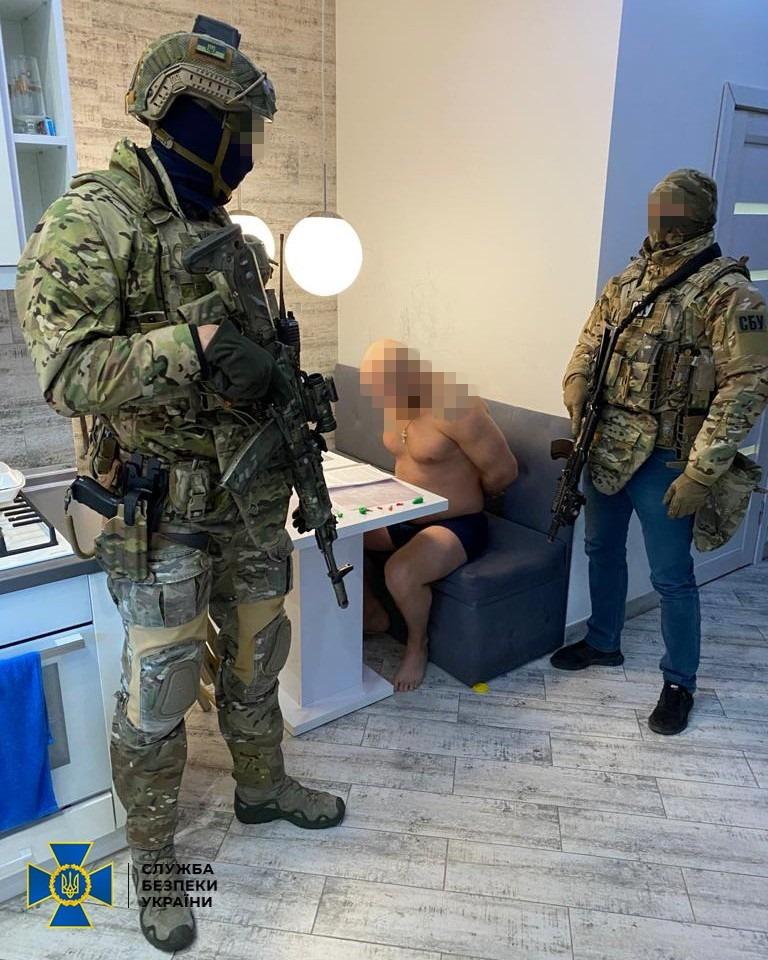 В Сваляве депутат райсовета организовал банду рэкетиров