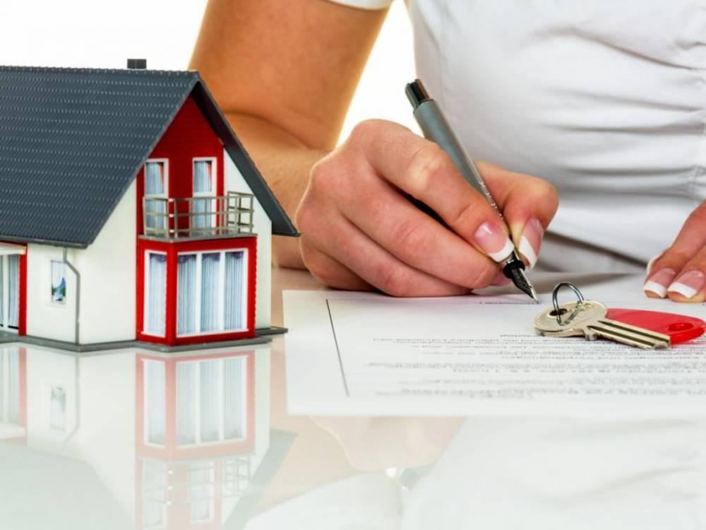 В Одессе госрегистратор незаконно переписал дом с землей на другого владельца