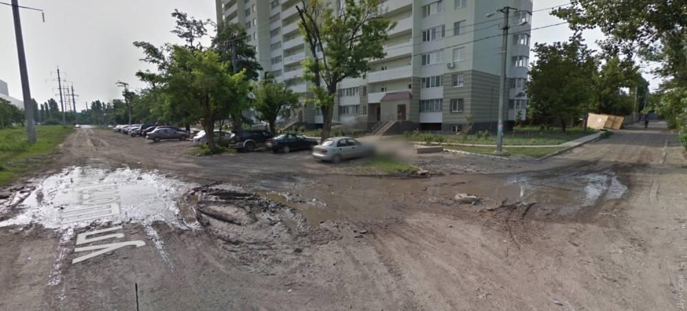 Директора коммунального предприятия Одессы оштрафовали за плохую дорогу