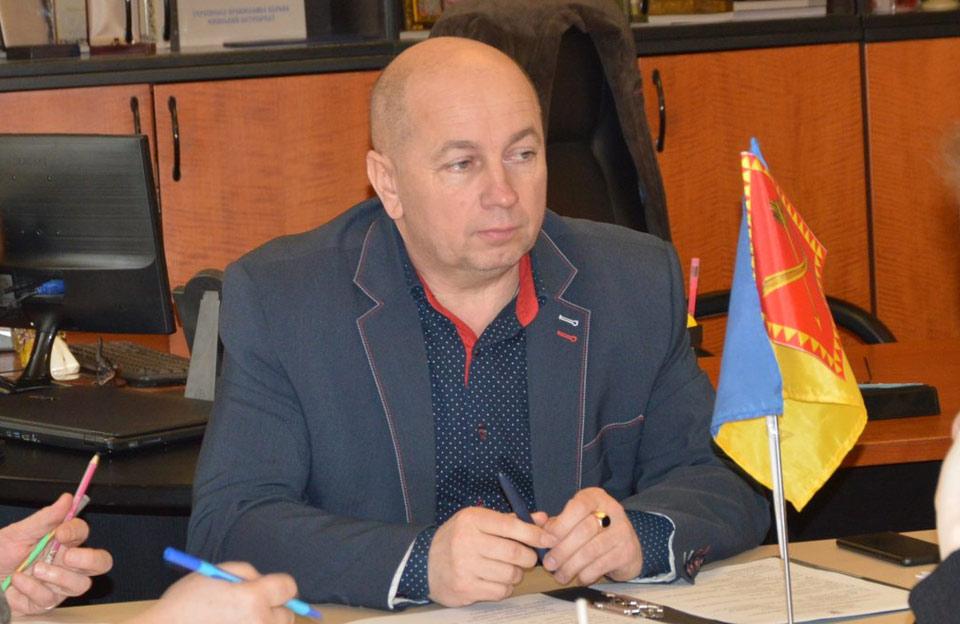 Подозреваемого в коррупции мэра Хорола отпустили под залог