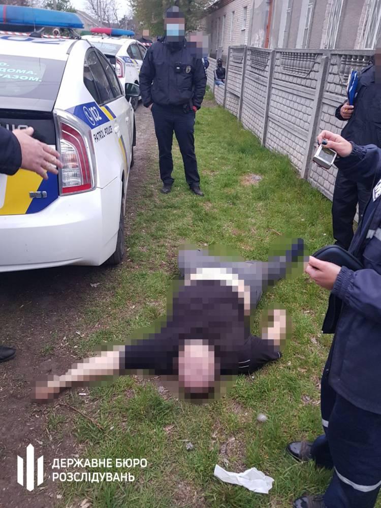 В автомобиле патрульных в Днепре умер задержанный
