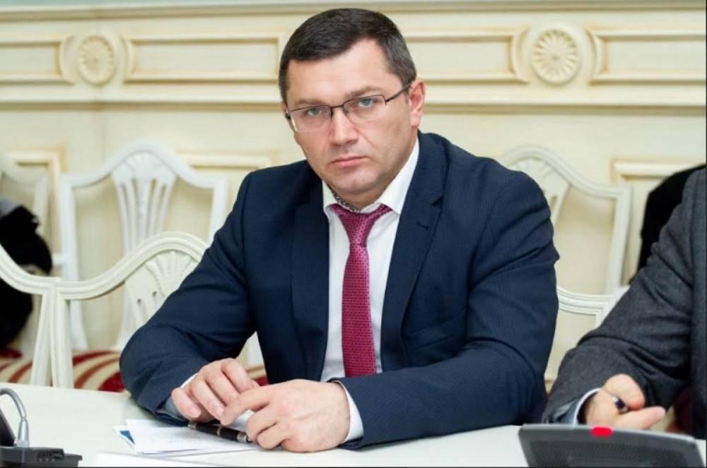 Кличко отстранил своего зама Поворозника подозреваемого в коррупции