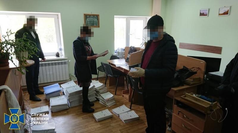 СБУ обнаружила миллиардные хищения средств при закупках продуктов заключенным