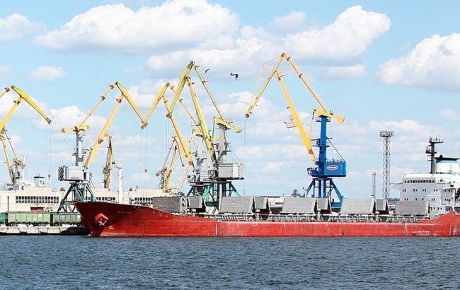 Транспортники просят Кабмин снизить ставки портовых сборов в период пандемии