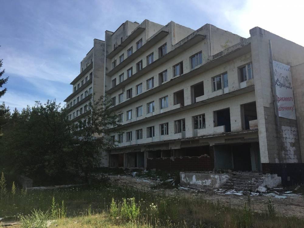 В Киеве задержали бизнесмена, причастного к сносу здания санатория «Журавушка»