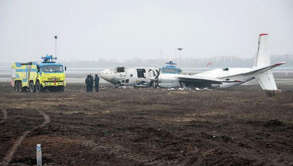 Владелец разбившегося в Донецке «АН-24» жалуется на попытки мошенников отобрать самолет