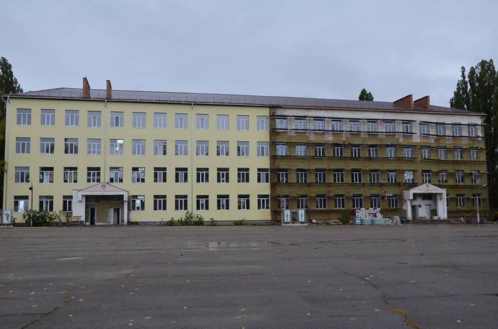 Чиновников Минобороны уличили в хищении средств при постройке казармы в Черноморском