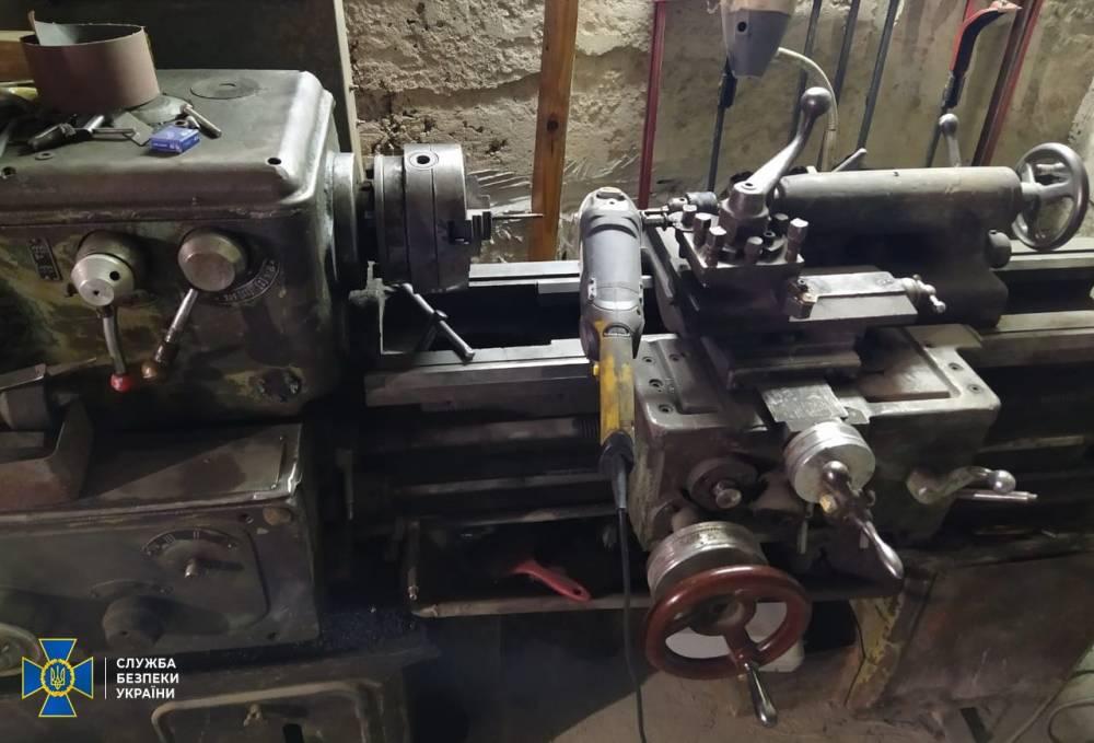 В Хмельницкой области нашли подпольные цеха по изготовлению оружия и боеприпасов
