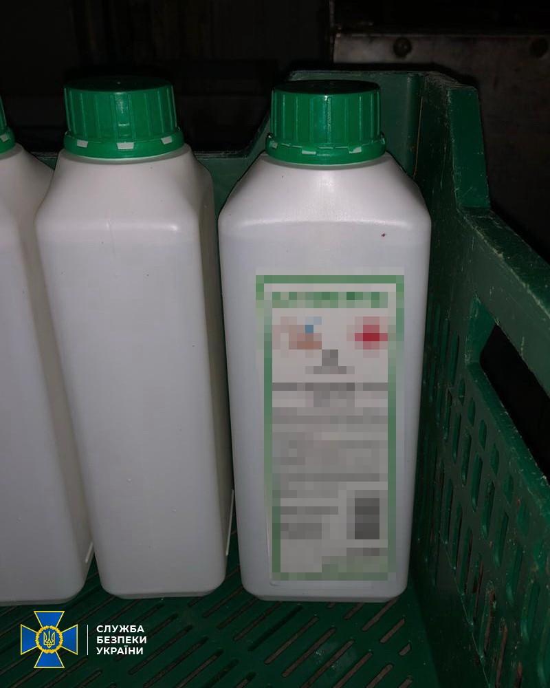 В Новотроицком обнаружили подпольное производство некачественных дезинфекторов