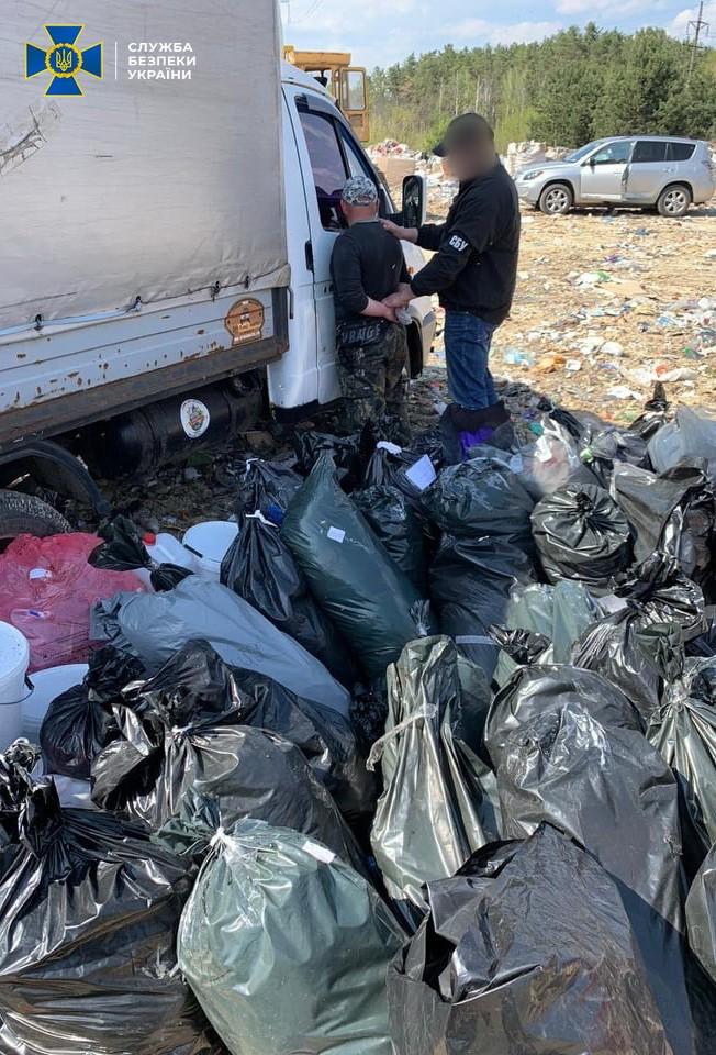 В Киеве директору фирмы по утилизации отходов вручили подозрение за нарушение санитарных норм
