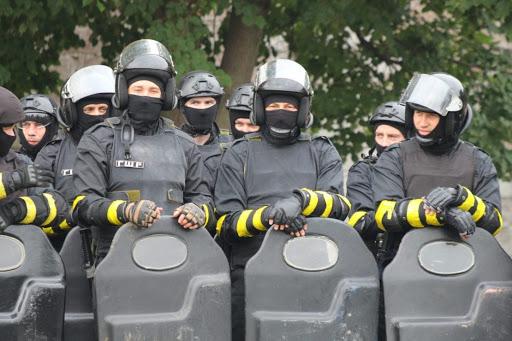 В Каменском частная фирма захватила здание уголовно-исполнительной службы
