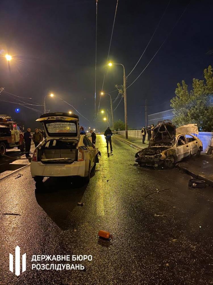 В Харькове полицейский на личном авто врезался в патрульный автомобиль