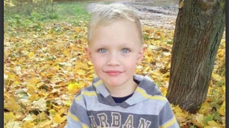 Полицейские, подозреваемые в убийстве мальчика, вышли на свободу под залог