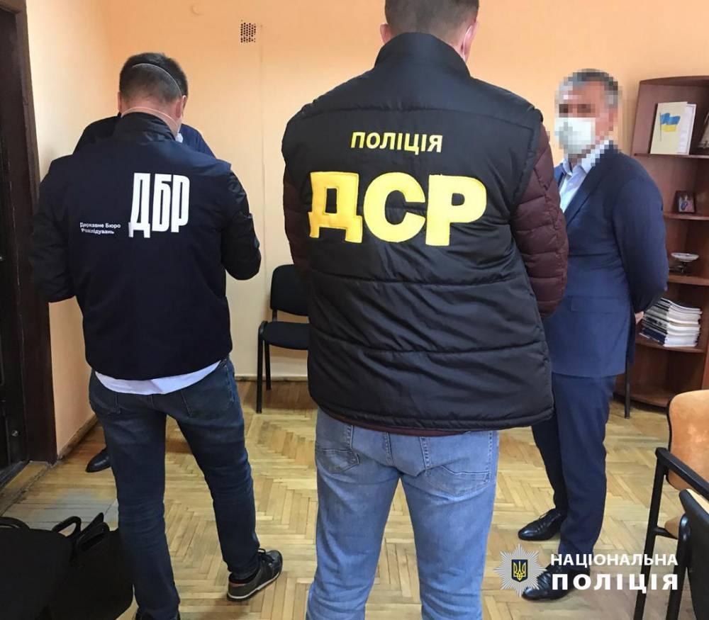 Главу Закарпатского отделения АМКУ поймали на взятке