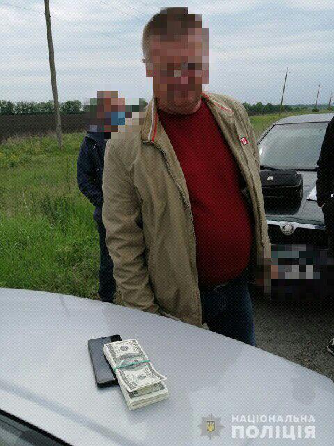 Глава села в Кировоградской области помогал решать земельные вопросы за взятки