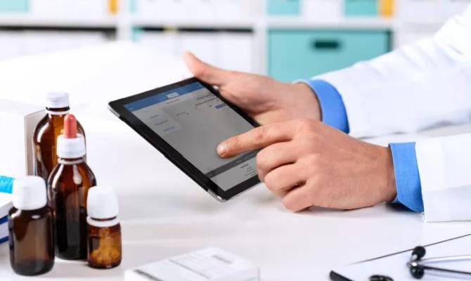 Vodafone получил 33 млн гривен от службы здоровья на SMS-рассылку с медрецептами