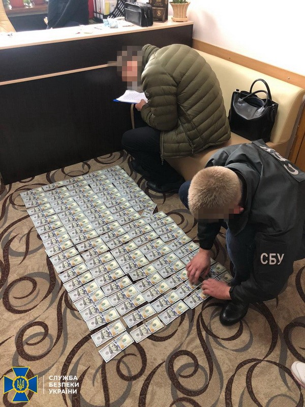 Чиновники Сумского облсовета растратили более 1,5 млн гривен с денег на детскую больницу