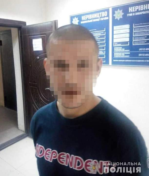 В Ужгороде пьяный рецидивист  напал на патрульного