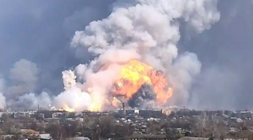Генпрокурор планирует убедить Арахамию изменить отчет о причинах взрыва арсенала