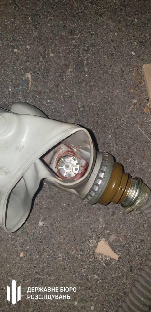 Пытки в Кагарлыке: полицейские насиловали женщину, надевая на нее противогаз, а после избили мужчину