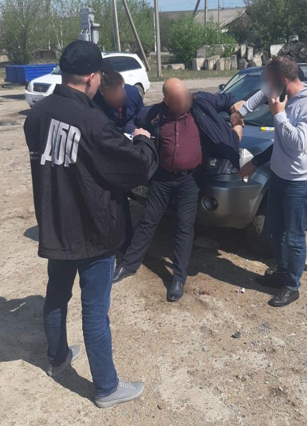 Прокурор из Раздельной вымогал взятку у фигуранта уголовного дела