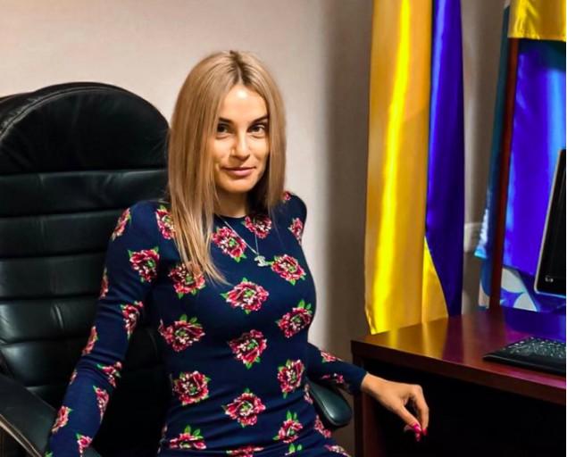 Секретарь Украинского горсовета незаконно раздавала землю кооперативам
