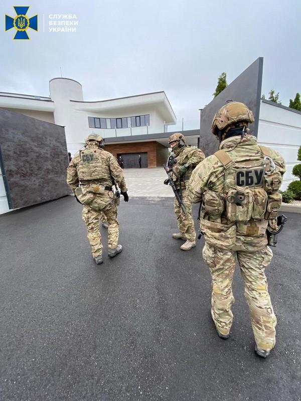 СБУ ликвидировал сеть конверт-центров контрабандистов, заблокировав 600 млн гривен