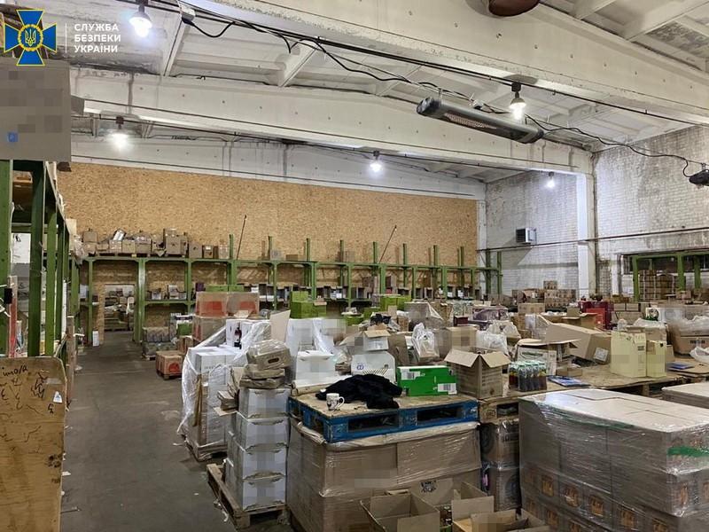 СБУ закрыла три склада с нелегальной алкогольной продукцией