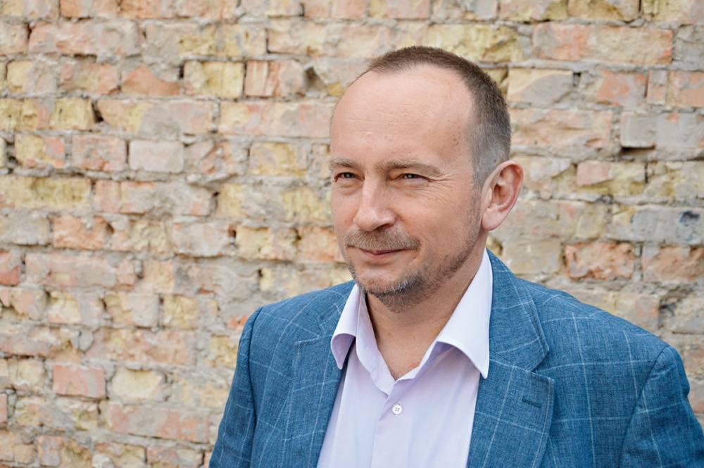 Гендиректор «Борисполя» имеет почти полмиллиона зарплаты и плавдачу за миллион гривен