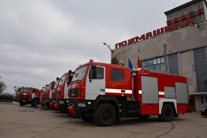 ГСЧС закупит у окружения Ляшко пожарные машины на 590 млн гривен