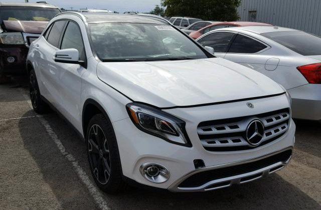 Главный инженер филиала АМПУ в Южном купил жене Mercedes-Вenz GLA 250
