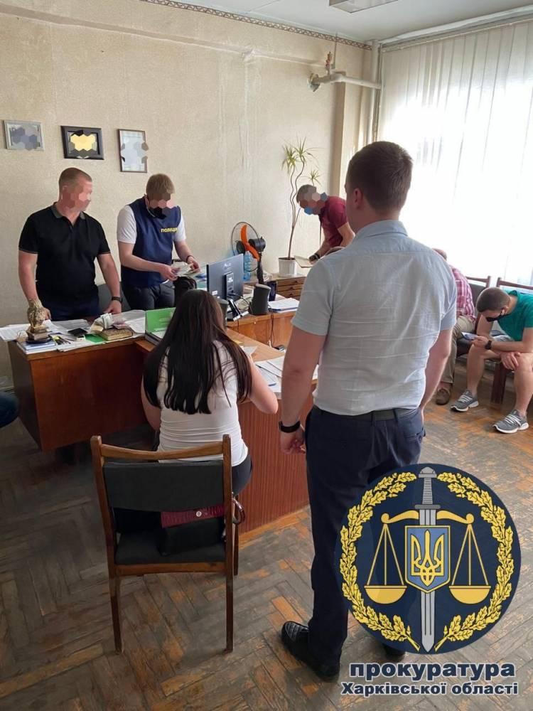 В Харькове на взятке задержан директор госучреждения по охране почв