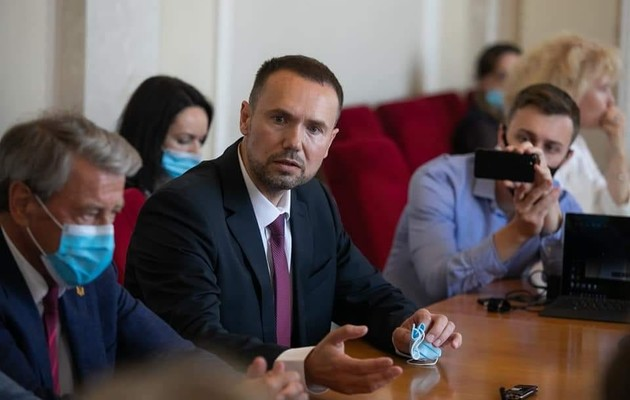 Кабмин назначил ректора Черниговского университета Шкарлета и.о. министра образования