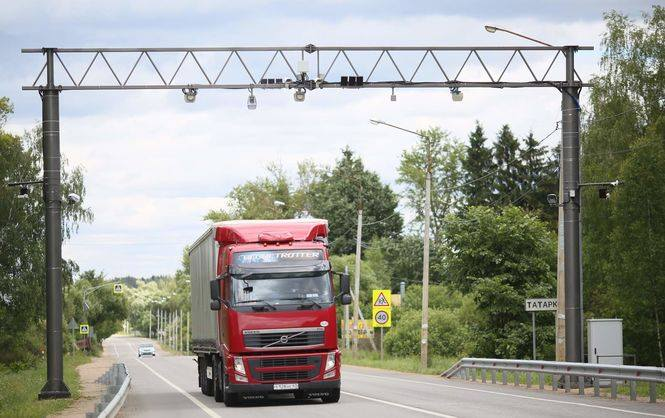 Кабмин решил купить комплексы взвешивания фур в движении за 380 млн гривен