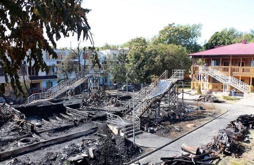 Родители погибших детей при пожаре в лагере «Виктория» подали в суд на полицию и прокуратуру из-за неэффективного расследования и требуют компенсации