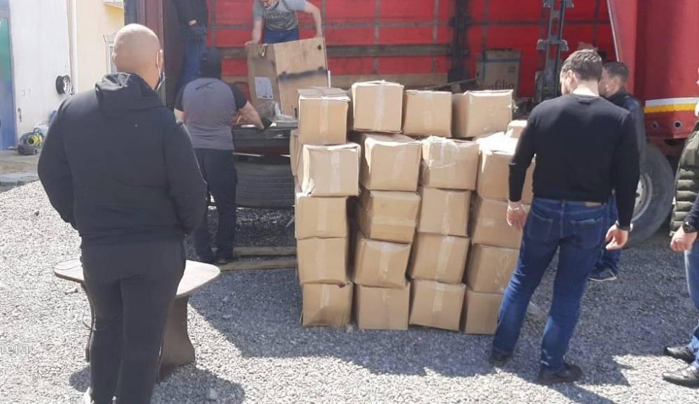 На Закарпатье обнаружили склад янтаря, который готовили к нелегальной отправке за границу