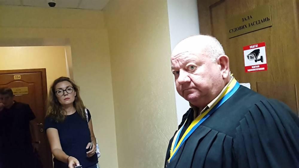 В Одессе судье удалось избежать увольнения за снятие ареста с российского судна