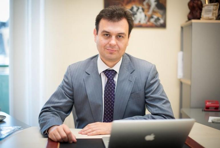 Нардеп Гетманцев записал все имущество и сбережения на мать