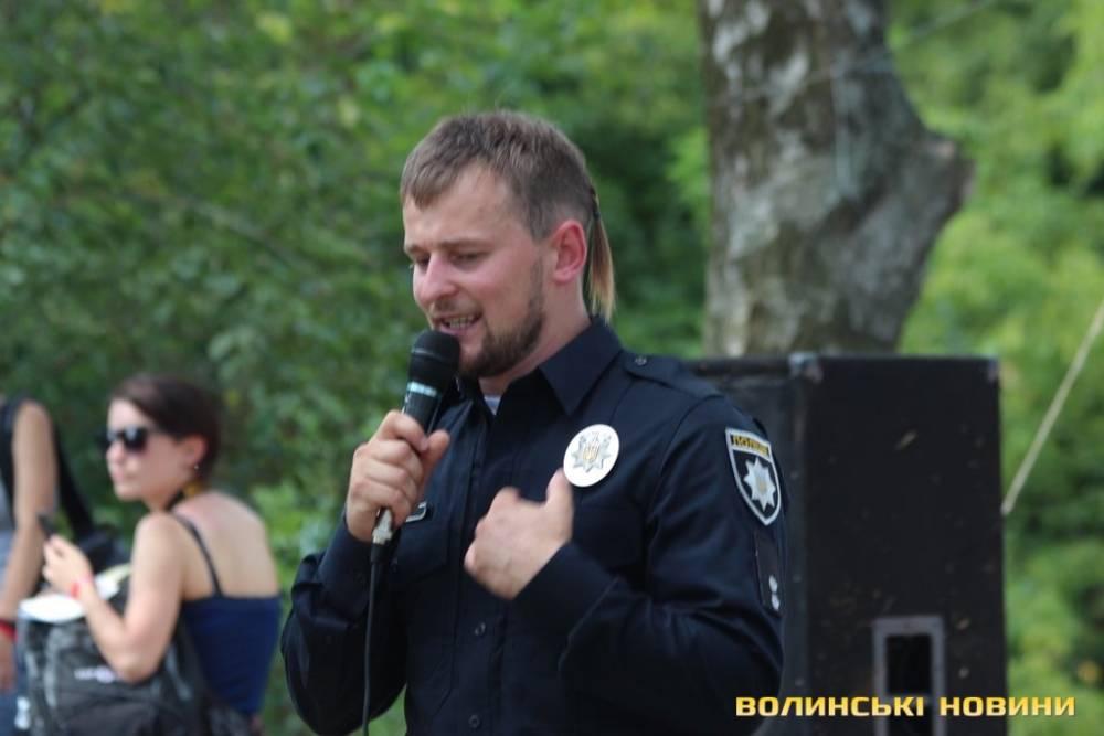 В Березно при взрыве пострадал глава патрульной полиции Ровенской области