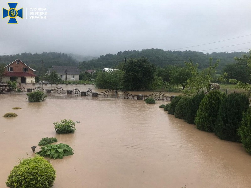 СБУ открыла уголовно дело по факту разрушительного наводнения на западной Украине
