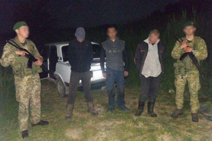 В Одесской области браконьер сбил пограничника, пытаясь скрыться с незаконным уловом