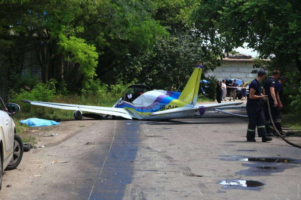 В Одессе разбился самолет авиазавода — погибло двое летчиков-испытателей